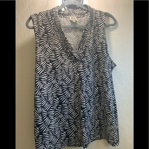 Anne Klein extra-large polyester blouse.